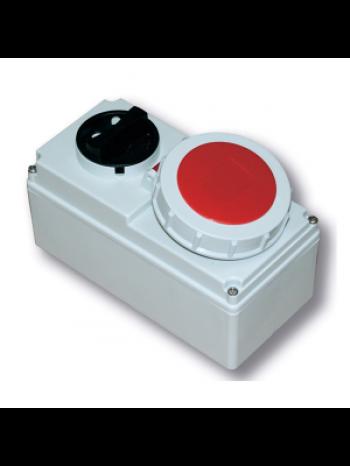 Ổ cắm công nghiệp kèm công tắc loại kín nước PCE F61252-6